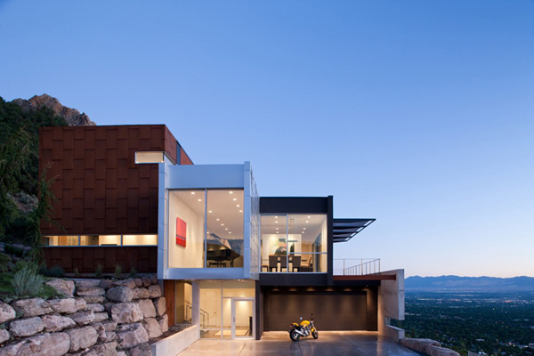 Beautiful modern home with fabulous views for Modern beautiful house