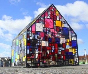Beautiful Pavilion by Tom Fruin