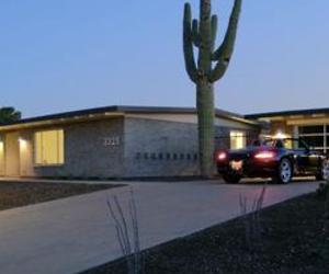 Beautifully restored 1962 Richard Britt-designed home in Paradise Gardens, AZ. for only $359,000!