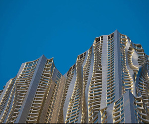 Beekman Tower, 8 Spruce Street in New York by Frank Gehry
