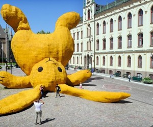 Big Yellow Rabbit