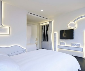Black and White by DP Architects at Wanderlust Hotel