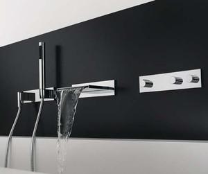 Black & White Bathroom interior