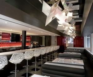 BLD Restaurant by 1point0 Interior Design