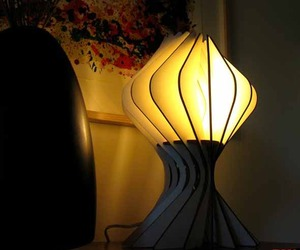 Bloom Table Lamp From Alienology