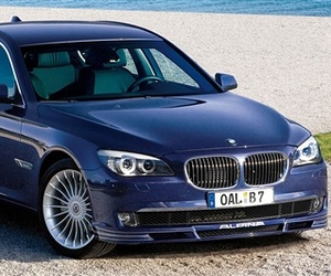 BMW Launches 500-HP Alpina B7