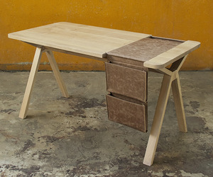 Bolsa desk by Gud Conspiracy