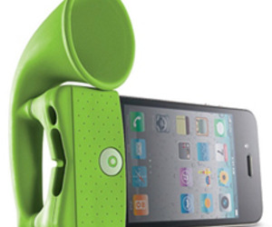 Bone Collection iPhone Portable Speaker