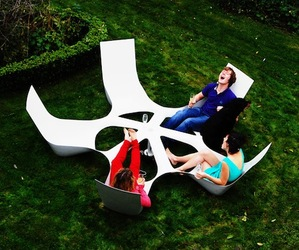 Bottlebench by Marteen Pauwelyn