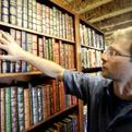 Boulder man creates customized home libraries