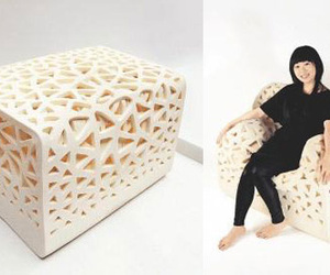 Breathing chair: Sit on the cubic foam