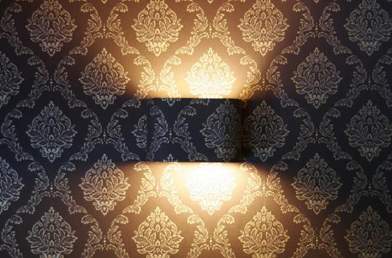 Brick Wall Lamp
