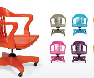 Bright Color Boston Swivel Chair