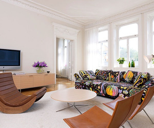 Bright Three Bedroom Apartment in Central Stockholm