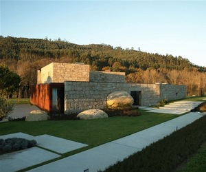 Brito Home by Topos Atelier Architects