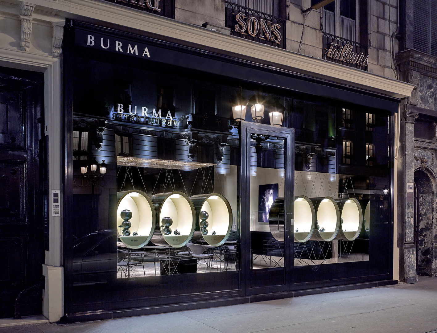burma jewelry boutique in paris by atelier du pont. Black Bedroom Furniture Sets. Home Design Ideas