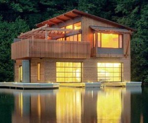 Canadian Muskoka Boathouse