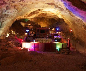 Canyon Caverns Underground Suite