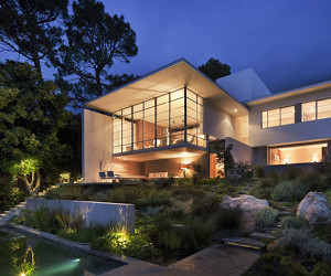 Cape Town's Bridle Road Residence
