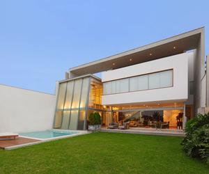 Casa AR by Seinfeld Arquitectos