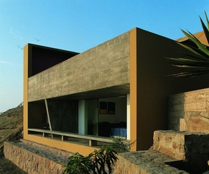 Casa Equis by Barclay & Crousse