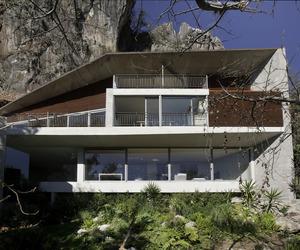 Casa L (Valle of Bravo) by Serrano Monjaraz Arquitectos
