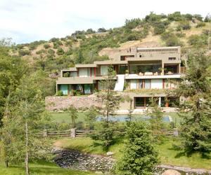 Casa Larraguibel Rubio by Jorge Figueroa Asociados