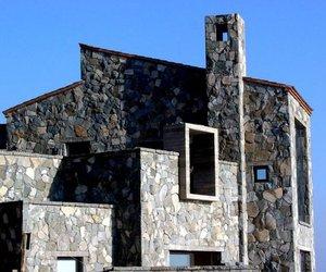Casas Piedras Preciosas by Estudio Valdes