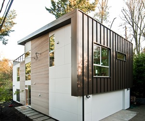 Case Study House by BUILD LLC