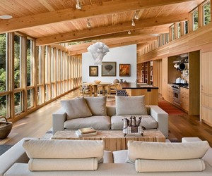 Cedar Wood Clad Cozy Country House