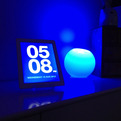 Chameleon Clock App Blends With Its Surroundings