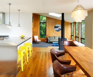 Charming cottage in York Bay by Paul Rolfe Architects