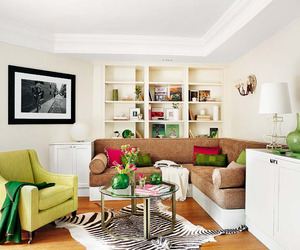 Cheerful 50 m² apartment design