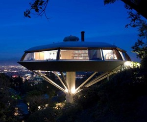 Chemosphere House in the Hollywood Hills by John Lautner