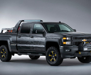 Chevy Silverado Black Ops