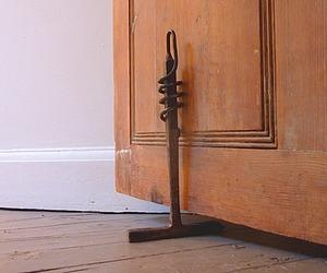 'chiphammer' doorstop by Tyler Fenn