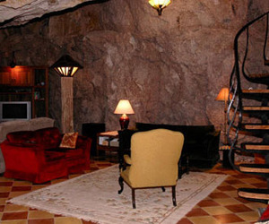"Chulo Canyon Cave House: The Real ""Man Cave"""