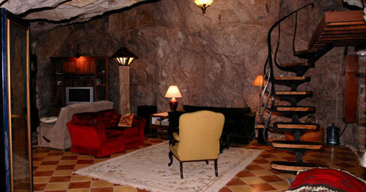 Man Cave House : Chulo canyon cave house the real u cman caveu d