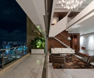 CHWH Apartment in Bangkok by MCK Architects