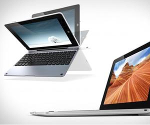 ClamCase Pro | iPad Keyboard Case
