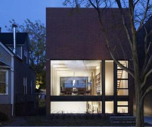 Claremont House in Chicago by Brininstool + Lynch