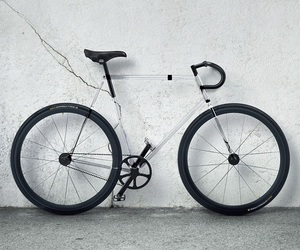 Clarity Bike by DesignAffairs' Studio