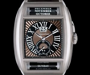 Classic Time Piece From Maitres du Temps