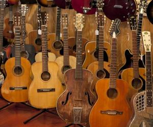 Collector's Guide: Vintage Guitars