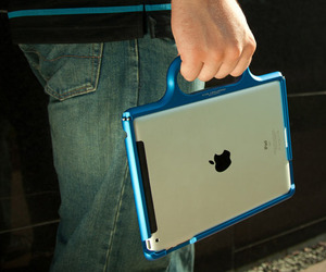 ColorWare Grip Case for Apple iPad in Gear