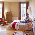 Colourful 90sqm apartment in Barcelona