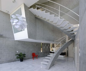 Concrete House in Kyoto by Atelier Boronski
