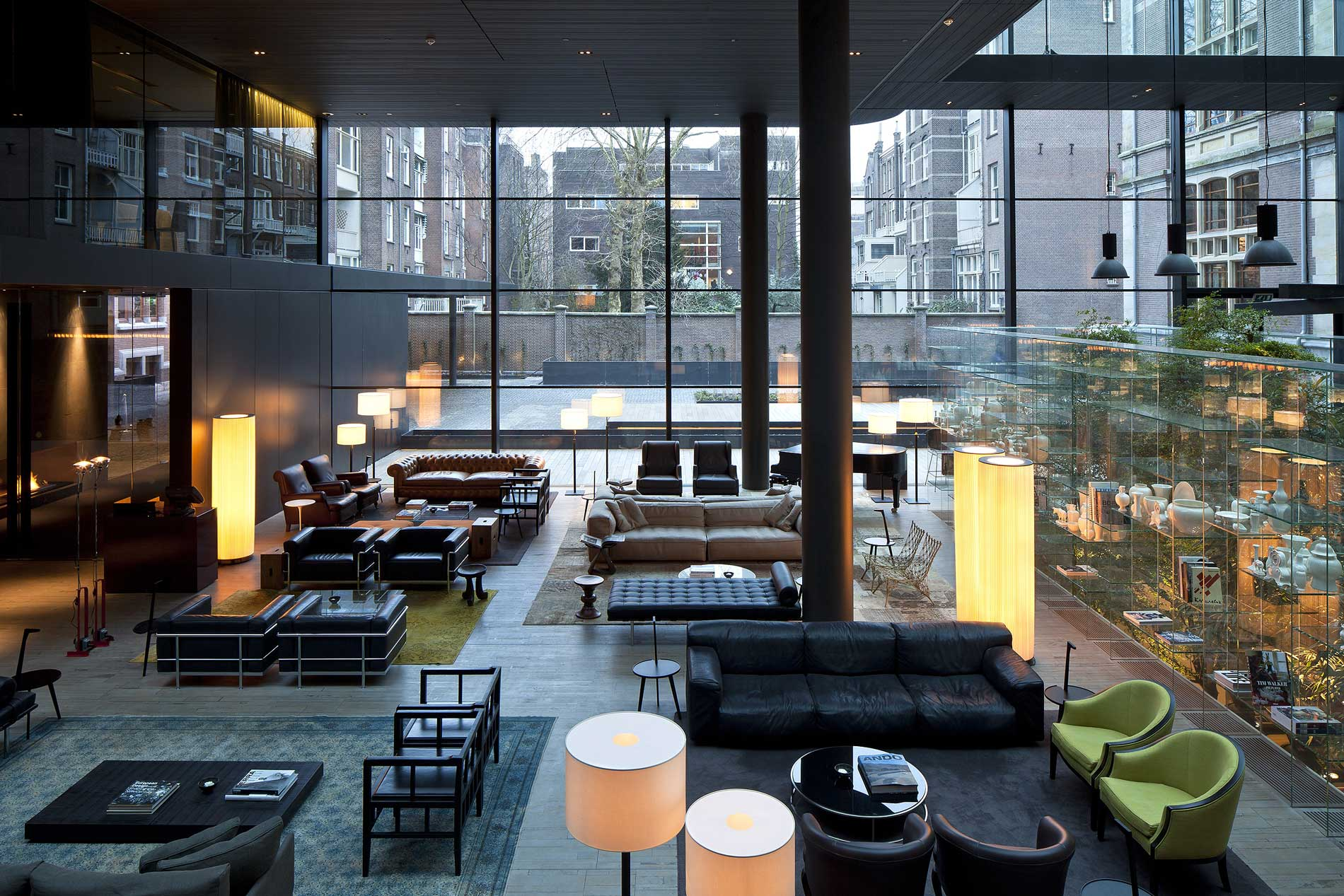 Conservatorium hotel by piero lissoni for Modern hotel decor