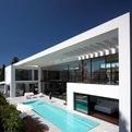 Contemporary Bauhaus Home by Pitsou Kedem Architecture