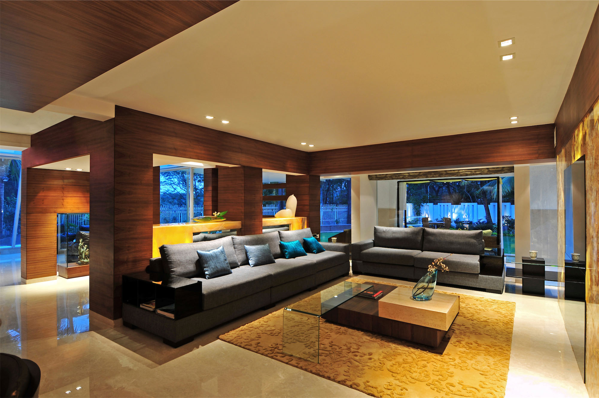 Contemporary Bungalow by ZZ Architects